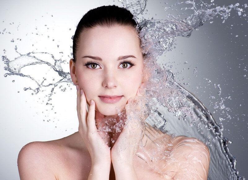 4 loại tinh dầu cấp ẩm cho da hiệu quả trong mùa hanh khô